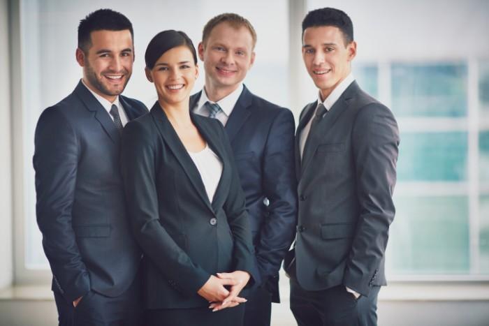 会計事務所の社員たちのイメージ