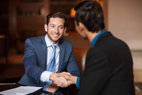 法人営業の業務は大きく2つに分かれる