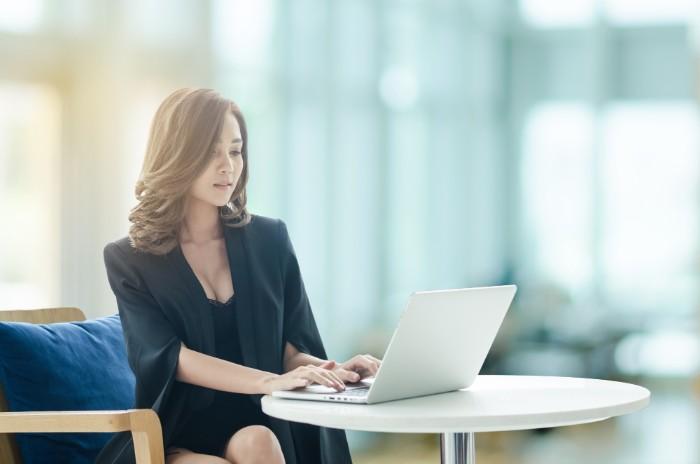 人材派遣の営業職は転職に有利?やりがいや年収について解説の画像