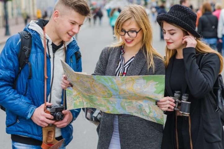 観光業・旅行業の仕事を職種別にご紹介【仕事探しに役立つ】の画像