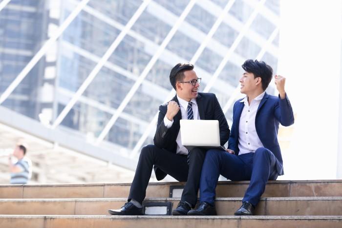従業員満足度は会社に影響があるのか?事例と目標の立て方の画像