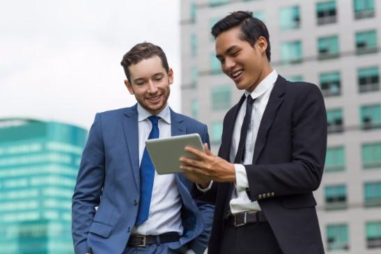外資系企業へ転職活動のポイントは?時期や転職活動を始める時期はいつがベスト?の画像