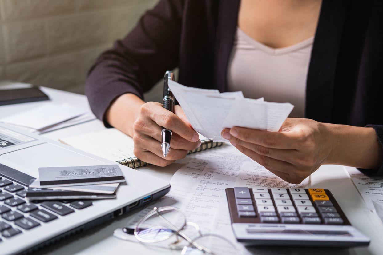 退職したら国民年金への切り替えが必要?|手続き方法を徹底解説