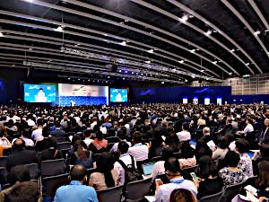 英語力とフットワークをいかして、 香港へ、世界へ羽ばたこうとする企業をサポート。