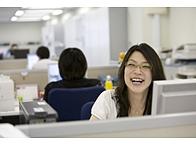 スタッフひとりひとりの笑顔が楽しく高め合える職場を作り出します。